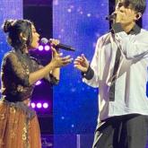 Димаш концертінде жанкүйерімен бірге ән шырқады