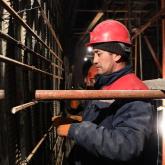«Қауіпті, жалақысы аз, жұмыс ауыр»: метро құрылысындағылардың жанайқайы