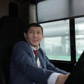 «8 жасымнан армандадым» – әке жолын қуған автобус жүргізуші жайлы