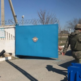 Қорғаныс министрлігі әскери бөлімнен 30 атыс қаруын ұрлап қашқан сарбазға қатысты жауап берді