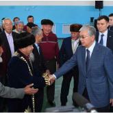 Президент Қордайдағы Қаракемер ауылының тұрғындарымен кездесті