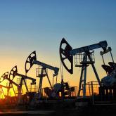 ОПЕК+ қайта оралды: Мәскеу мен Эр-Рияд мұнай өндірісін азайтуға келісті