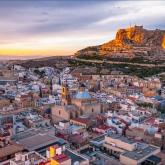 Испания туристерге шекарасын ашты