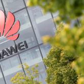 Британия билігі қытайлық Huawei компаниясының жұмыс істеуіне тыйым салды