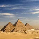 Илон Маск Египет пирамидаларын өзгепланеталықтар салғанына сенімді