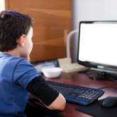 Коронавирус жағдайында балаларға онлайн-форматтағы бейне-сабақтар іске қосылды