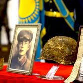 Соғыста қаза тапқан жауынгерлер сүйегі Украинадан елге жеткізілді