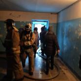 Өскеменде тұрғын үйден өрт шығып, 60-тан астам адам эвакуацияланды