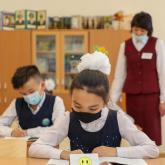 Оқушылар коронавирусқа қарсы вакцина салдыруға міндетті ме?