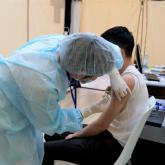 Елордадағы сауда орталықтарында КВИ-ге қарсы вакцинация басталды
