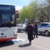 Шымкентте 5 жасар қызды автобус басып кетті