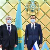 Мәулен Әшімбаев Ресей елшісімен кездесті
