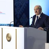 «Олар қызыл сызықтан аттап кетті»: Лукашенконың сәрсенбідегі мәлімдемесінен соң не өзгерді?
