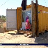 «Алдап кетті»: Шымкентте әкімдікке сеніп қалған көпбалалы отбасы контейнерде тұрып жатыр