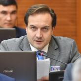 «Маусым ашылмай жатып 22 бала көз жұмды»: Артур Платонов депутаттық сауал жолдады
