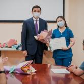 Алтай Көлгінов пандемия уақытындағы жұмысы үшін дәрігерлерге қалай алғыс айтуға болатынын айтып берді