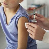 БАӘ-де 3 жастан асқан балаларға вакцина салуға рұқсат етілді