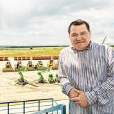 Forbes тізіміндегі кәсіпкер Анатолий Балушкинге іздеу жарияланды