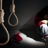 Сенімсіздік, депрессия және жауапсыз махаббат: мамандар суицидке қандай балалар баратынын айтты