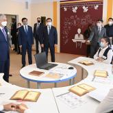 Президент Қарағанды облысындағы «Өркен» мектеп-интернатына барды