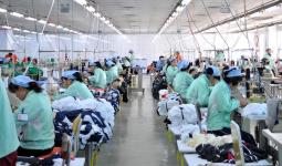 Жеңіл өнеркәсіп: Қазақстанға Қытай тауарының 40% заңсыз жеткізіледі