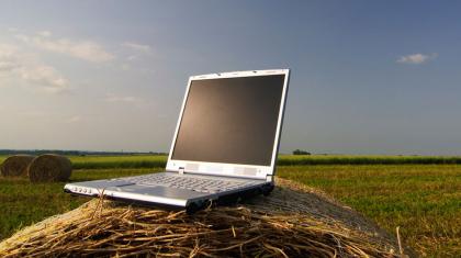 Жыл соңына дейін 4000-нан астамауыл интернет жүйесіне қосылады – Бағдат Мусин