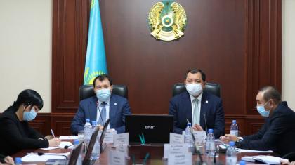 Нұрлан Ноғаев Энергетика министрлігінде жемқорлықпен қалай күресіп жатқанын айтты