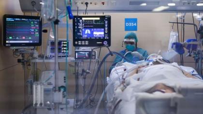 Коронавирус пен пневмониядан бір тәулікте 16 қазақстандық көз жұмды