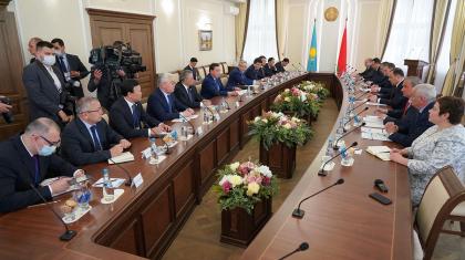 Асқар Мамин Беларусь Премьер-министрімен келіссөз өткізді