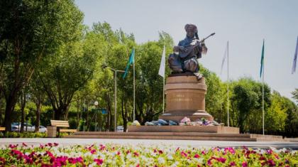 Нұр-Сұлтанда күйші-композитор Дина Нұрпейісоваға арналған ескерткіш ашылды
