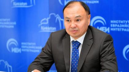 Депутат Ерлан Саиров «Әлеуметтік желі» кодексін жасауды ұсынды