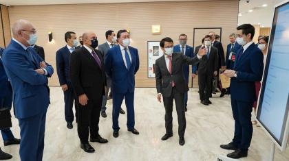 Ресейдің Үкімет басшысына қазақстандық Цифрлық үкімет офисі таныстырылды