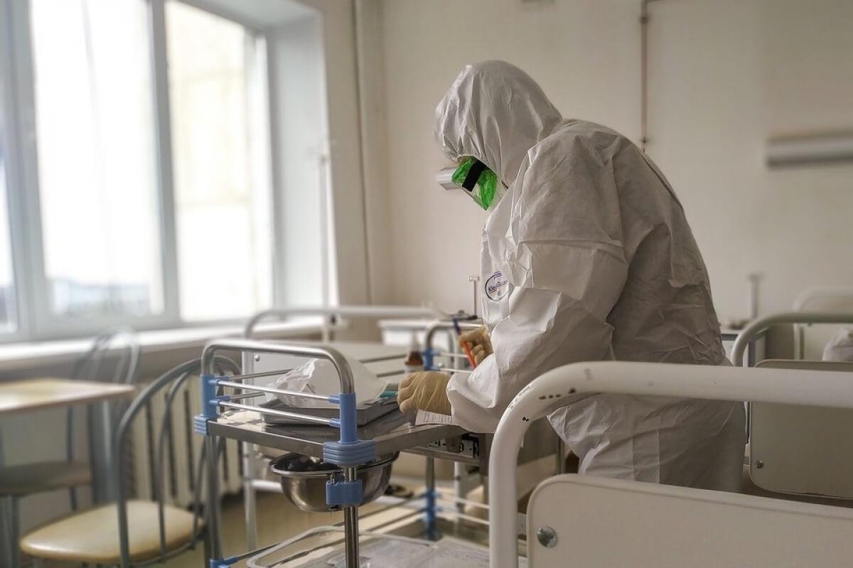 Коронавирус пен пневмониядан бір тәулікте 18 қазақстандық көз жұмды