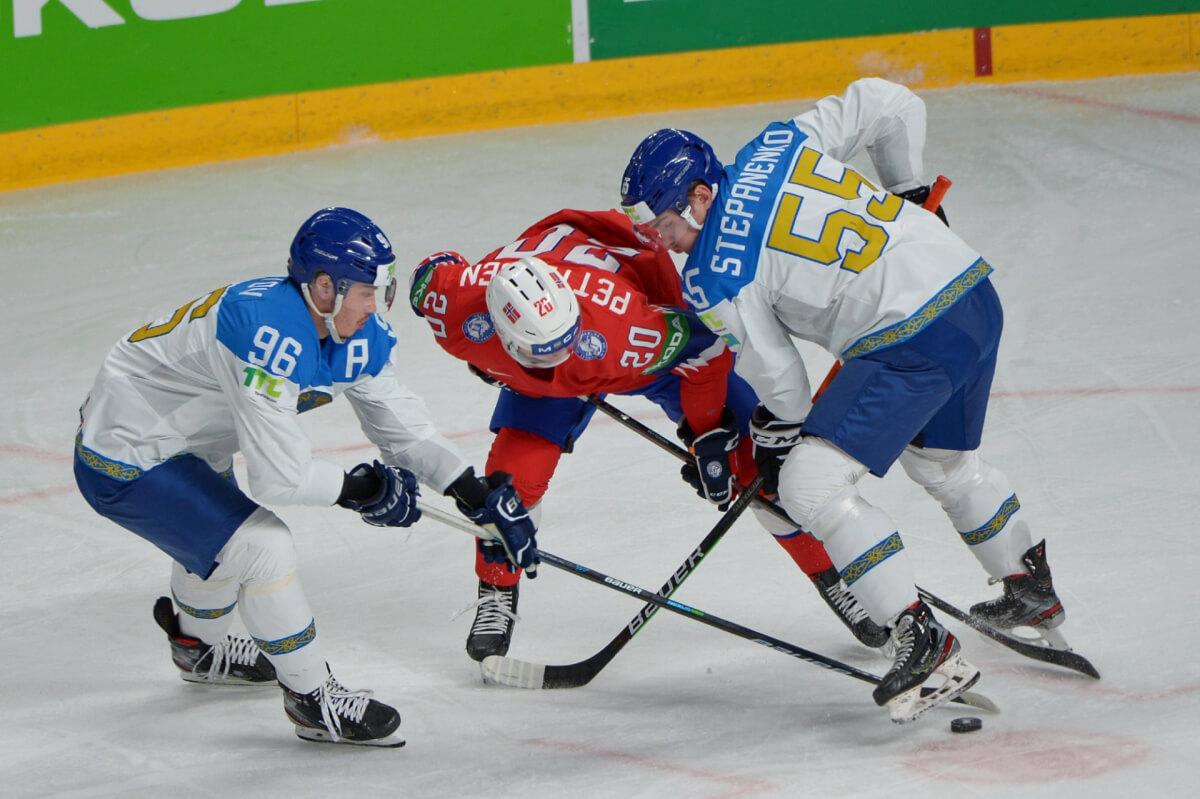 Хоккей: Қазақстан құрамасының «тағдыры» кімнің қолында